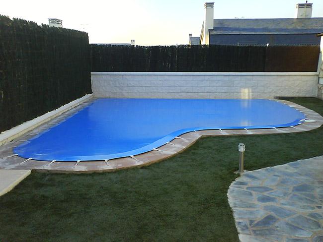 Fabricacion e instalacion de lonas de piscinas en fuenlabrada for Piscina cubierta alcorcon