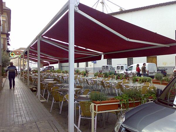toldos verticales para terrazas de restaurantes en